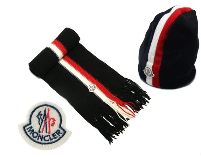 Discount Moncler Scarf & Caps ID319001