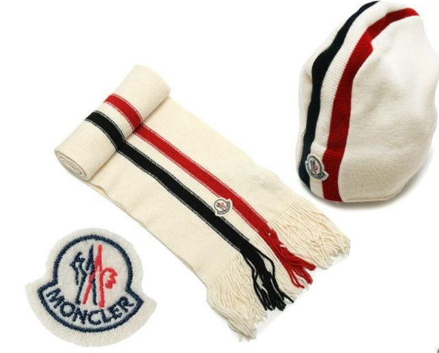 Discount Moncler Scarf & Caps ID319002