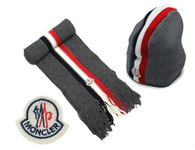 Discount Moncler Scarf & Caps ID319003