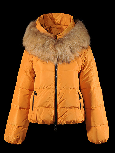 Discount 2014 Moncler Jackets WomenID230005