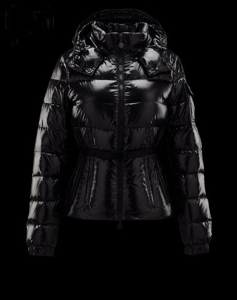 Discount Moncler Down Jackets WomenID305009