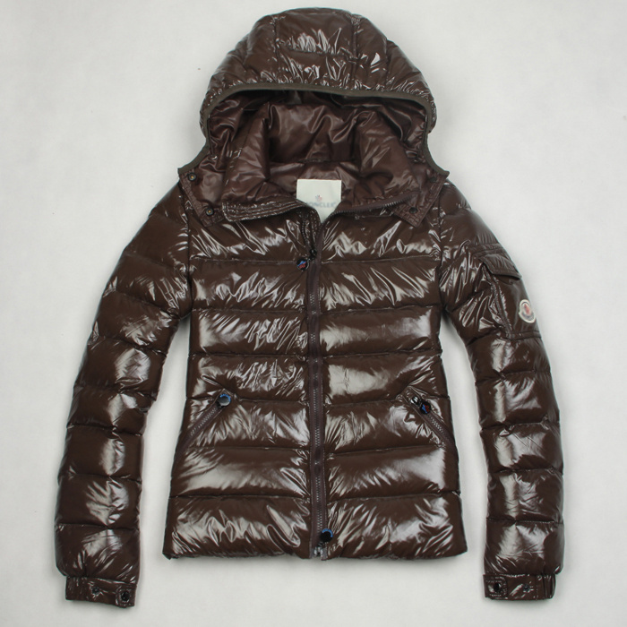 Discount Moncler Down Jackets WomenID305012