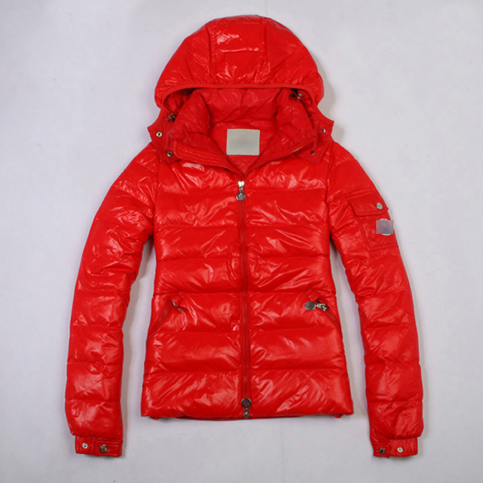 Discount Moncler Down Jackets WomenID305014