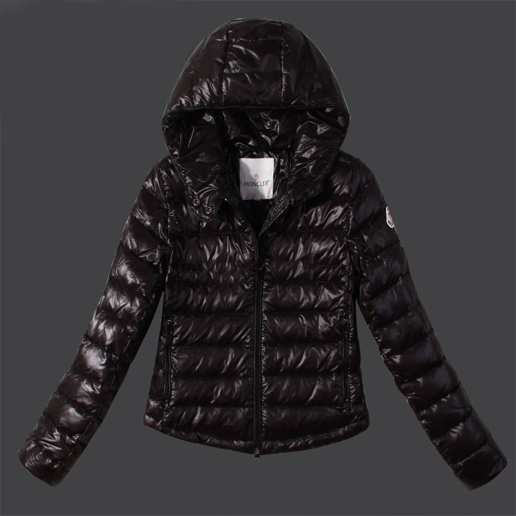 Discount Moncler Down Jackets WomenID305017