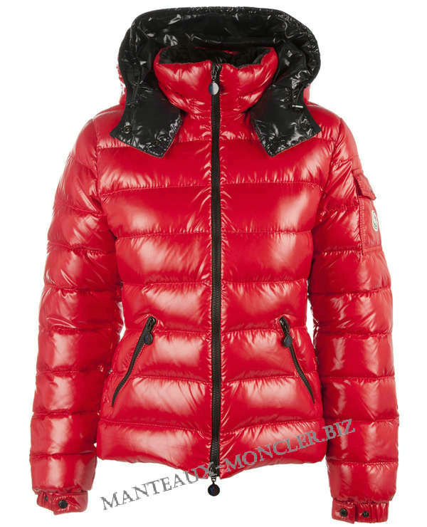Discount Moncler Down Jackets WomenID305023