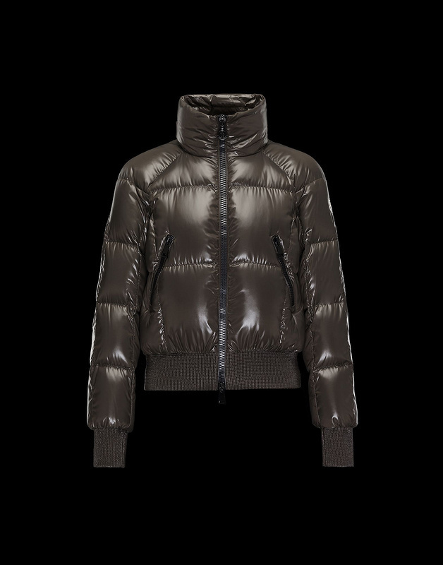 2017 Moncler Women Jacket ID2003