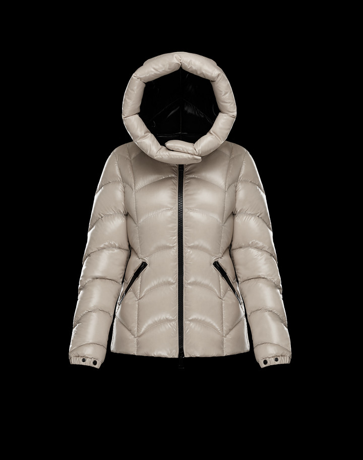 2018 Moncler Akebia Hooded Wave Puffer Jacket White Womens